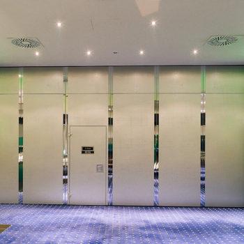 Eingang Konferenzraum